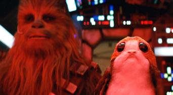 Star-Wars-The-Last-Jedi-Chewie-Porg